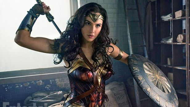 Hasil gambar untuk Wonder Woman